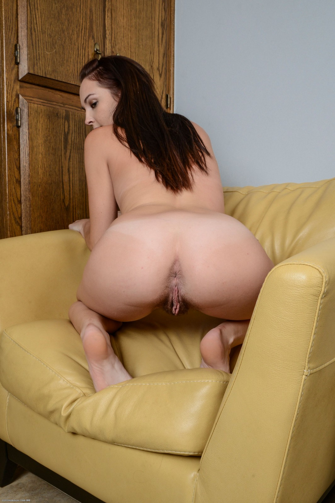 Nude woman unshaved ass — pic 6